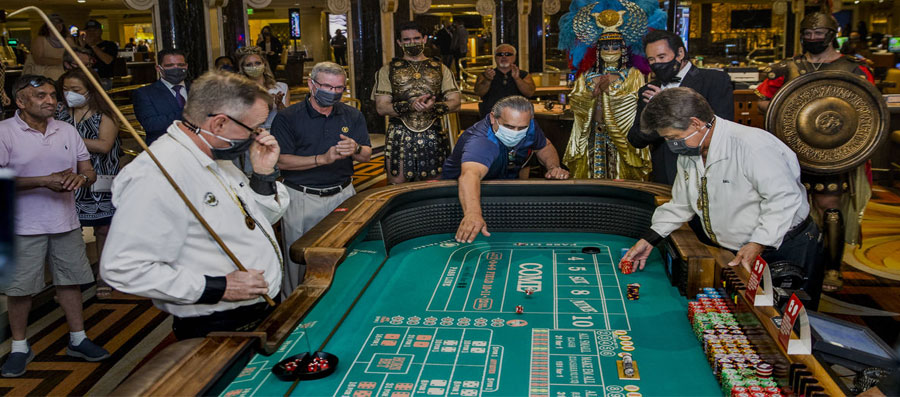 Face-Masks-now-Mandatory-at-Casino-Tables-in-Nevada